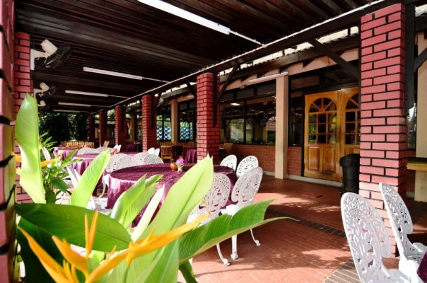 Coffee House di Puteri Bayu Beach Resort.