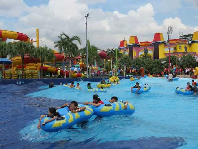 Desa Water Park Wave Pool.